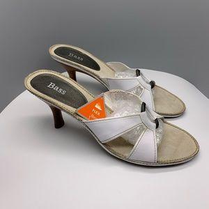 Bass Leather heeled sandals women's Sz 8